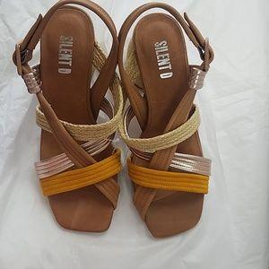 Anthropologie Shoes - Anthropologie Silent D heels